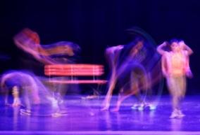 Zatańczyli na scenie, z wierszem i fotografią